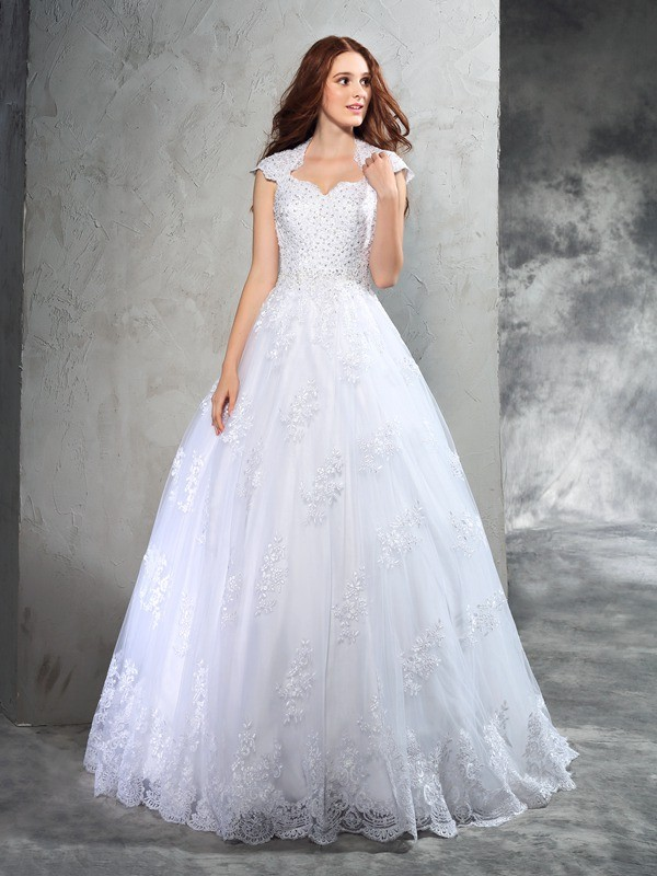 Ball Gown Organza Lace Sweetheart Sleeveless Court Train Wedding Dresses