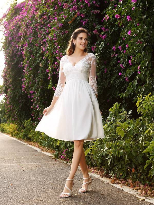 A-Line/Princess Chiffon V-neck 3/4 Sleeves Knee-Length Wedding ...