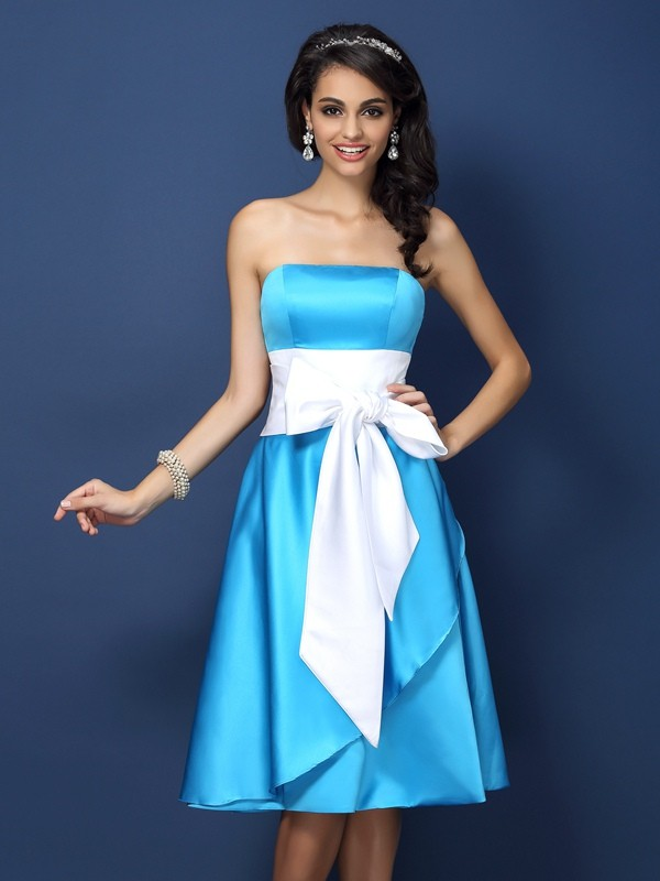 9f31841181 Sheath/Column Satin Strapless Sleeveless Bowknot Knee-Length Bridesmaid  Dresses