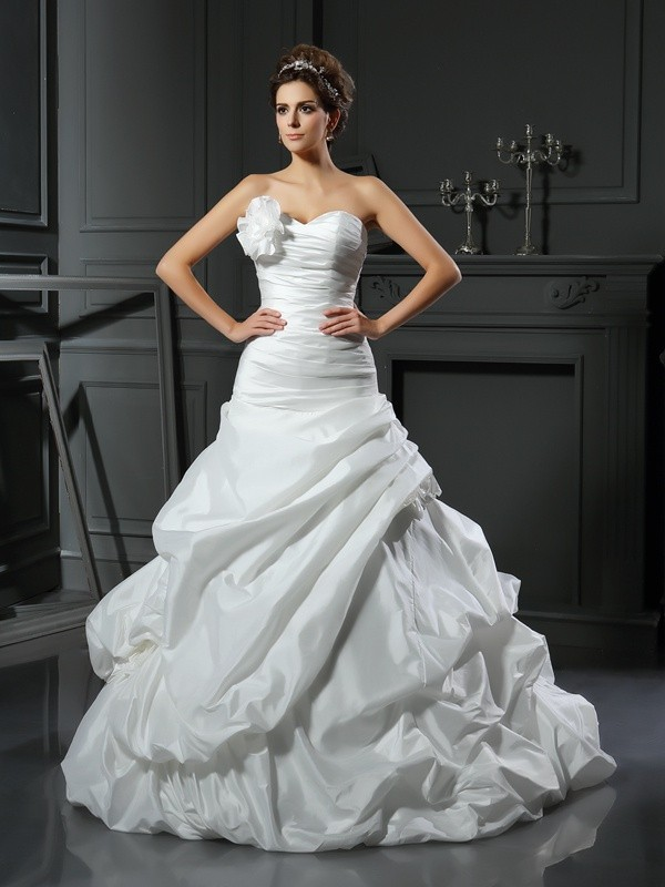Ball Gown Satin Sweetheart Sleeveless Hand-Made Flower Cathedral ...