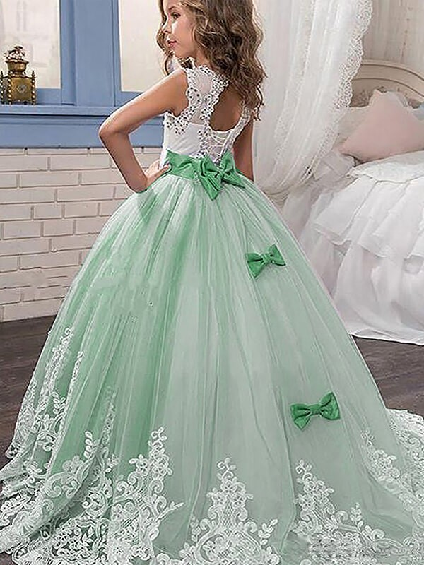 Ball Gown Tulle Jewel Sweep Train Lace Sleeveless Flower Dresses
