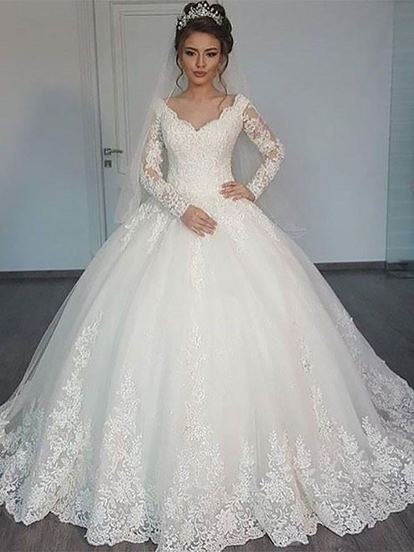 996db5a86 Ball Gown Long Sleeves Court Train V-neck Tulle Wedding Dresses ...