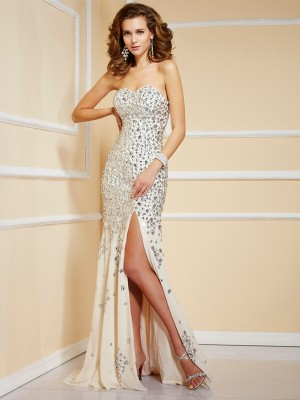 Sheath/Column Chiffon Beading Sweetheart Sleeveless Sweep/Brush Train Dresses