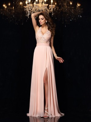 A-Line/Princess Halter Sleeveless Lace Chiffon Sweep/Brush Train Dresses