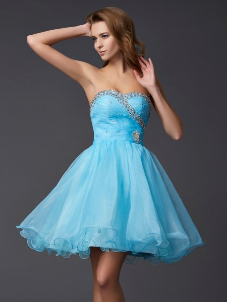 A-Line/Princess Tulle Sweetheart Short/Mini Beading Sleeveless Dresses