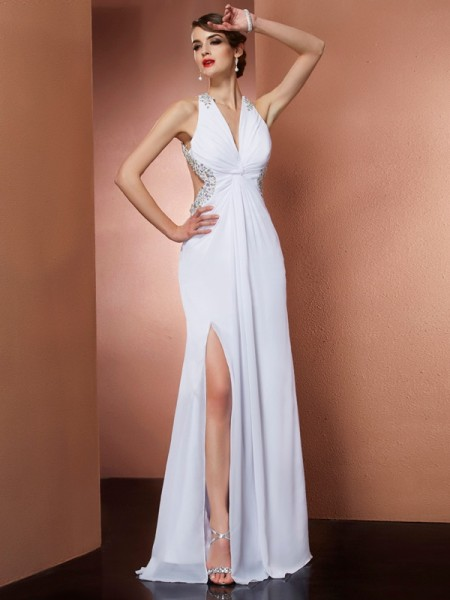 A-Line/Princess Chiffon Beading Halter Floor-Length Sleeveless Dresses
