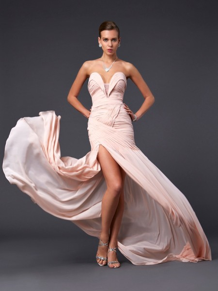 Sheath/Column Sweetheart Sleeveless Pleats Chiffon Sweep/Brush Train Dresses