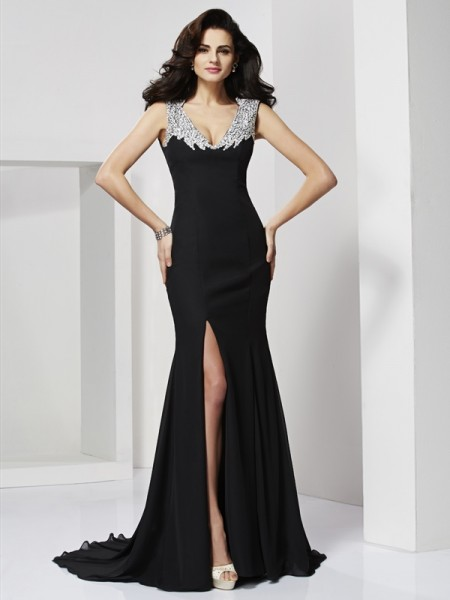 A-Line/Princess Chiffon Straps Beading Floor-Length Sleeveless Dresses