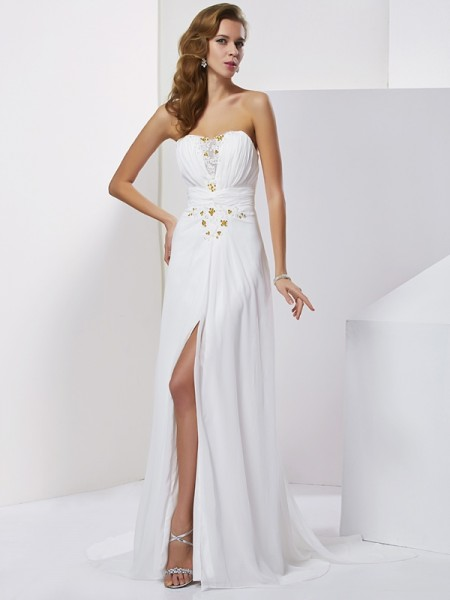 A-Line/Princess Chiffon Sweetheart Sleeveless Beading Sweep/Brush Train Dresses
