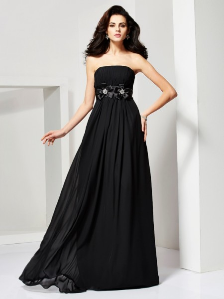 A-Line/Princess Chiffon Strapless Sleeveless Sweep/Brush Train Hand-Made Flower Dresses