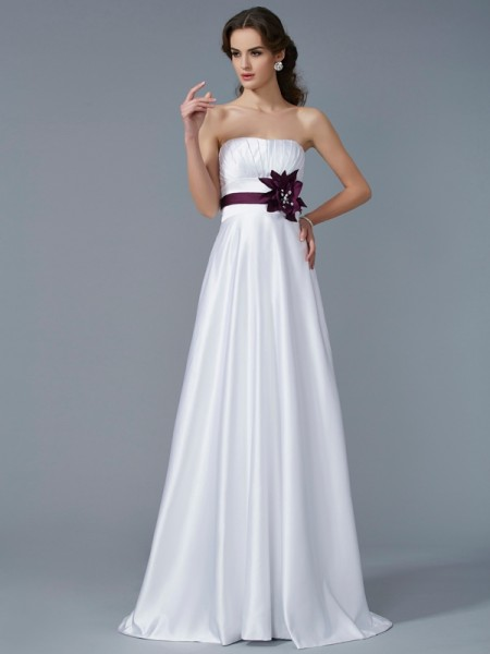 A-Line/Princess Satin Hand-Made Flower Strapless Sweep/Brush Train Sleeveless Dresses