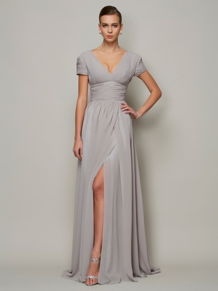 A-Line/Princess Chiffon V-neck Short Sleeves Floor-Length Mother of the Bride Dresses