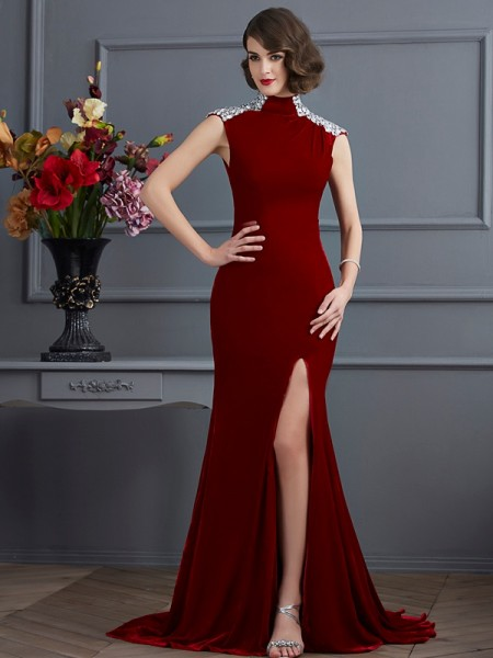 A-Line/Princess Velvet High Neck Sleeveless Sweep/Brush Train Beading Dresses