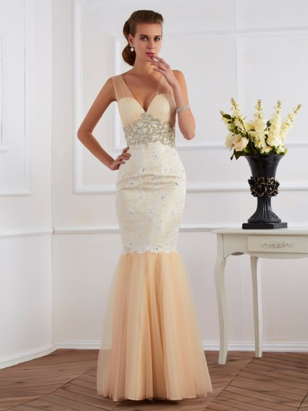 Trumpet/Mermaid Lace Straps Sleeveless Floor-Length Dresses