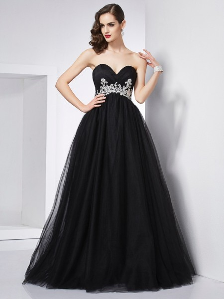 Ball Gown Sweetheart Net Sleeveless Floor-Length Applique Dresses