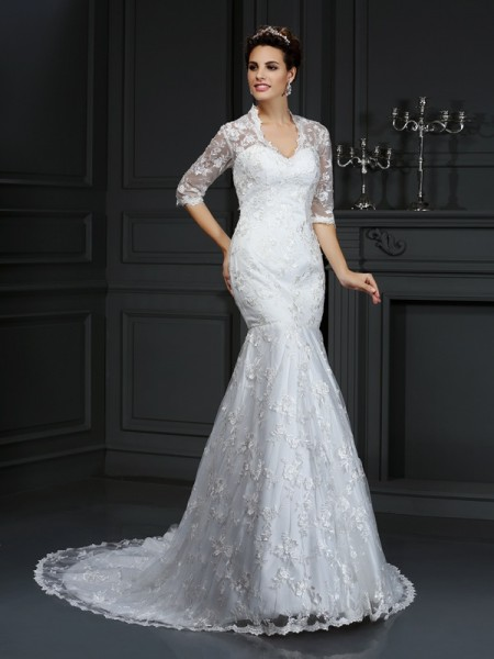 Trumpet/Mermaid V-neck Court Train Lace 1/2 Sleeves Wedding Dresses