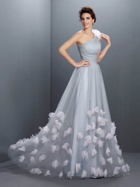 A-Line/Princess Net Hand-Made Flower One-Shoulder Sleeveless Floor-Length Dresses