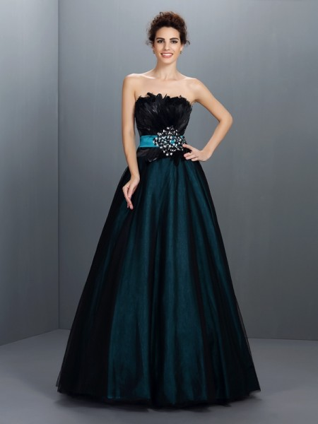 Ball Gown Strapless Elastic Woven Satin Sleeveless Feathers/Fur Floor-Length Dresses
