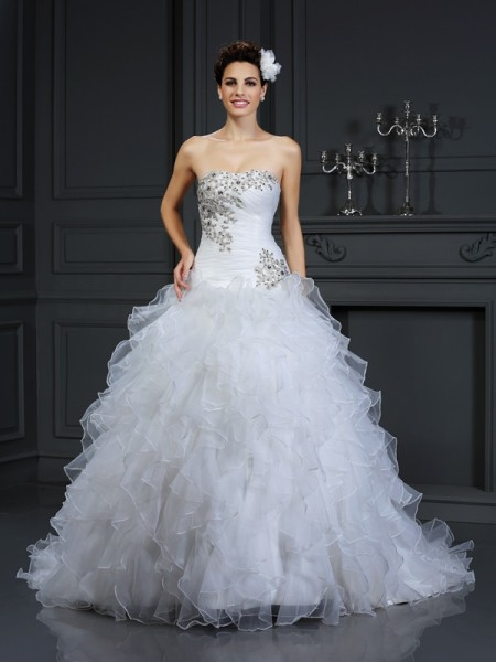 Ball Gown Strapless Organza Beading Sleeveless Chapel Train Wedding Dresses