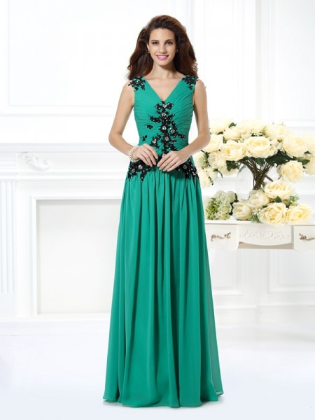A-Line/Princess Chiffon V-neck Floor-Length Beading Sleeveless Dresses