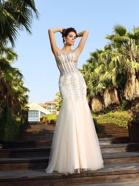 Trumpet/Mermaid Satin Beading Strapless Sleeveless Floor-Length Dresses