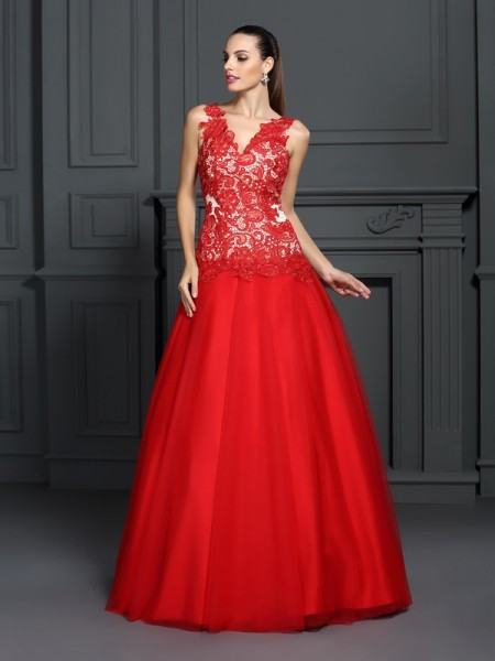 Ball Gown V-neck Lace Floor-Length Sleeveless Dresses
