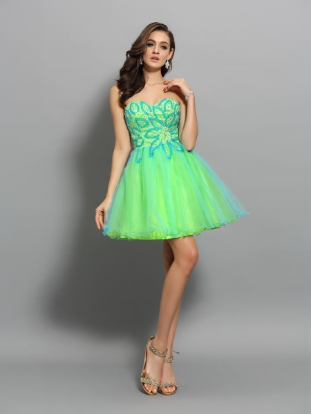 A-Line/Princess Net Sweetheart Short/Mini Beading Sleeveless Dresses