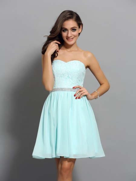 A-Line/Princess Chiffon Beading Sweetheart Sleeveless Short/Mini Dresses