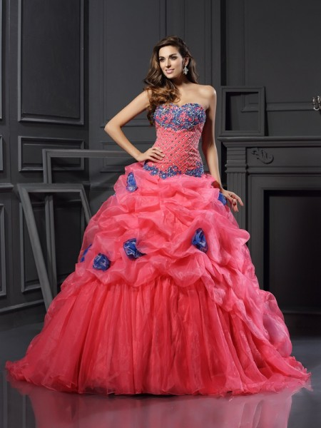 Ball Gown Sweetheart Organza Beading Chapel Train Sleeveless Dresses