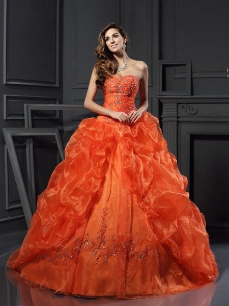 Ball Gown Organza Beading Sweetheart Sleeveless Court Train Dresses