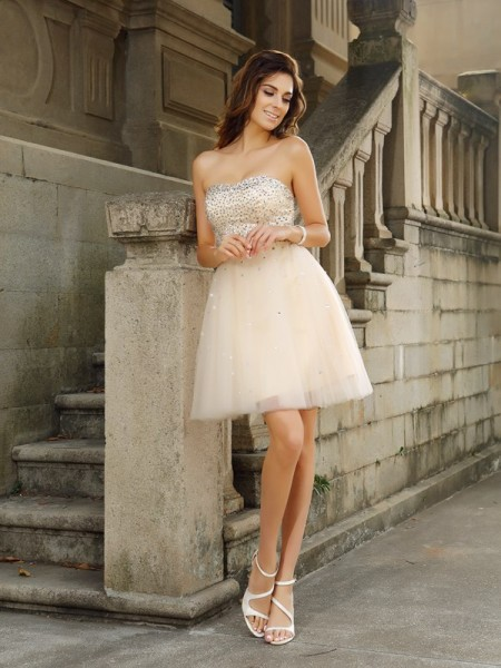 A-Line/Princess Satin Strapless Sleeveless Beading Short/Mini Dresses