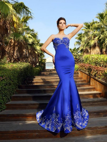 Trumpet/Mermaid Satin Sweetheart Sleeveless Beading Court Train Dresses