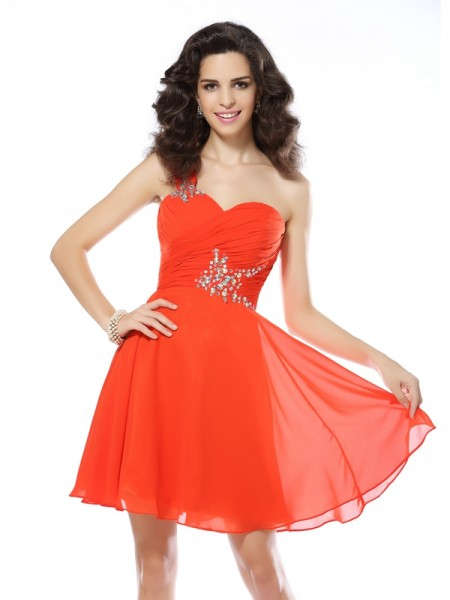 A-Line/Princess One-Shoulder Chiffon Beading Short/Mini Sleeveless Dresses