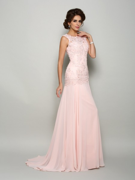 Trumpet/Mermaid Chiffon Scoop Sleeveless Beading Sweep/Brush Train Mother of the Bride Dresses