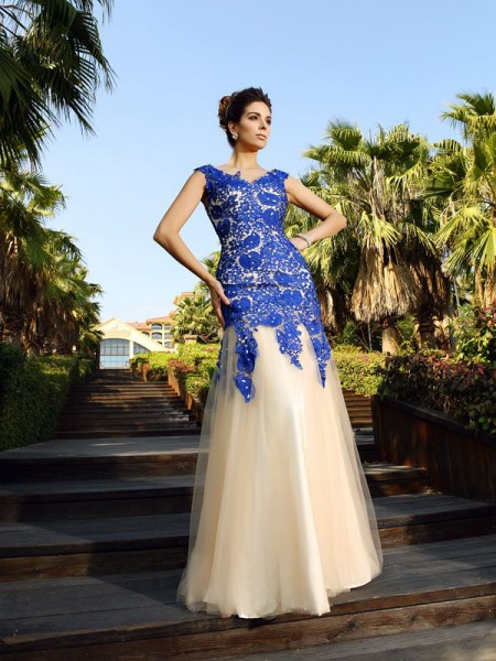 Sheath/Column V-neck Net Applique Floor-Length Sleeveless Dresses