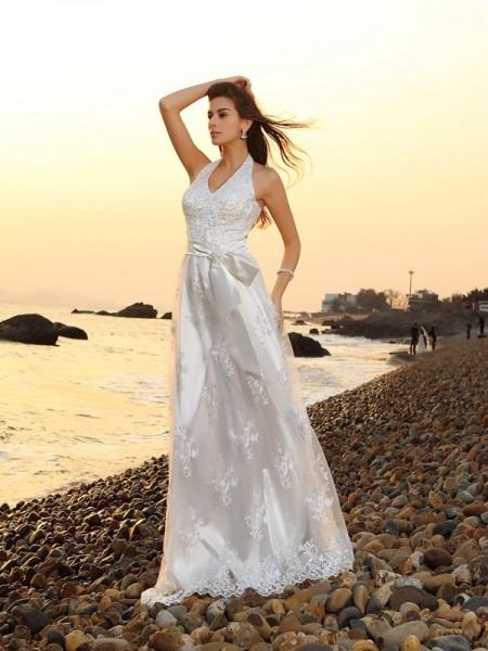 A-Line/Princess Halter Lace Sash/Ribbon/Belt Sleeveless Chapel Train Wedding Dresses