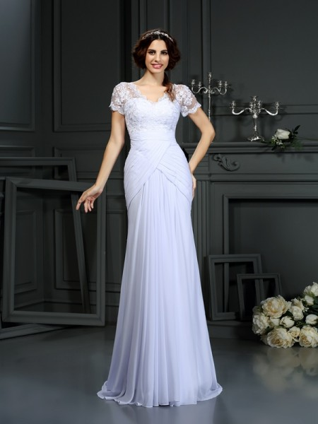 Sheath/Column Chiffon Lace V-neck Short Sleeves Court Train Wedding Dresses