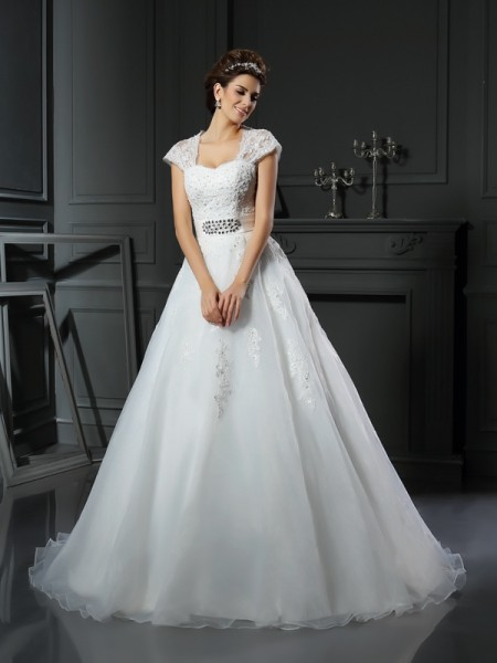 Ball Gown Organza Square Beading Chapel Train Sleeveless Wedding Dresses