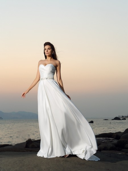 A-Line/Princess Taffeta Sweetheart Beading Chapel Train Sleeveless Wedding Dresses