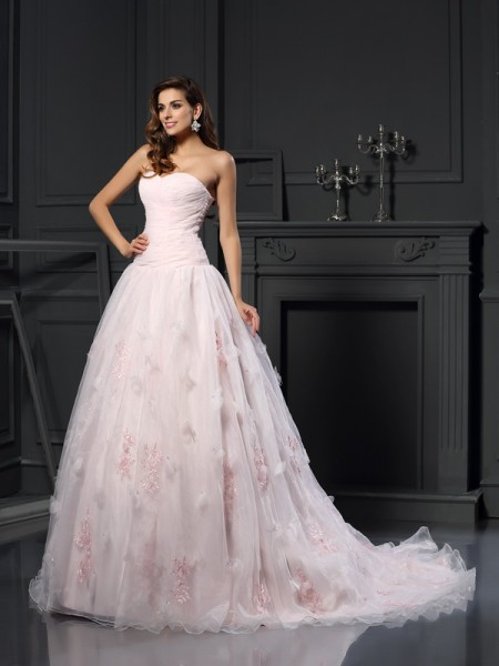 Ball Gown Sweetheart Satin Ruffles Sleeveless Chapel Train Wedding Dresses