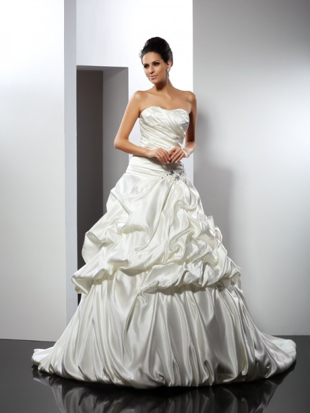 Ball Gown Satin Sweetheart Sleeveless Cathedral Train Wedding Dresses