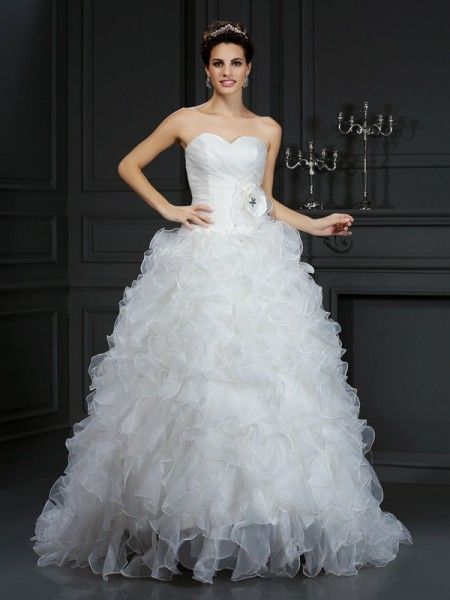 Ball Gown Organza Sweetheart Sleeveless Hand-Made Flower Court Train Wedding Dresses