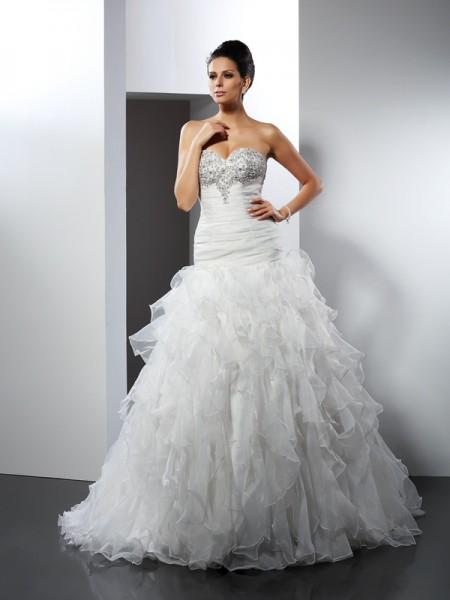 Ball Gown Tulle Sweetheart Court Train Ruffles Sleeveless Wedding Dresses