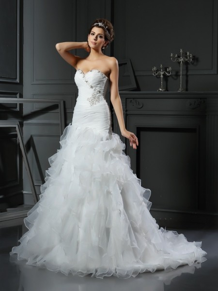 Trumpet/Mermaid Organza Sweetheart Sleeveless Chapel Train Ruffles Wedding Dresses