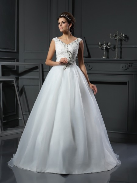 A-Line/Princess Organza V-neck Sleeveless Beading Chapel Train Wedding Dresses
