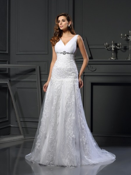 A-Line/Princess Satin V-neck Sleeveless Chapel Train Beading Wedding Dresses
