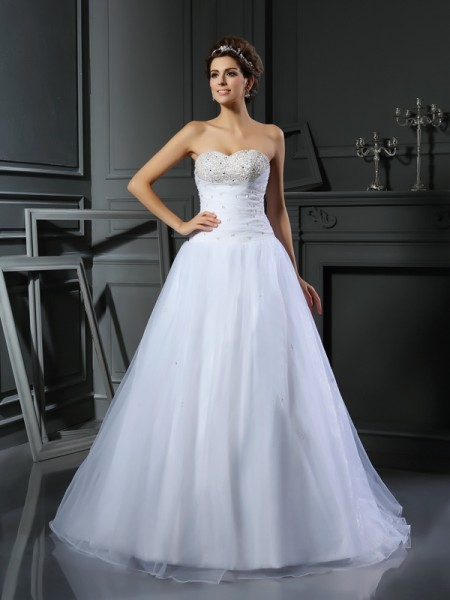 Ball Gown Satin Sweetheart Sleeveless Beading Court Train Wedding Dresses