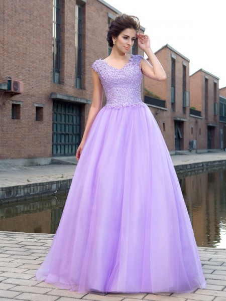 Ball Gown Net V-neck Short Sleeves Applique Floor-Length Dresses