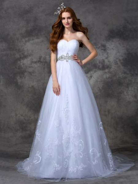 A-Line/Princess Sweetheart Satin Beading Sleeveless Sweep/Brush Train Wedding Dresses