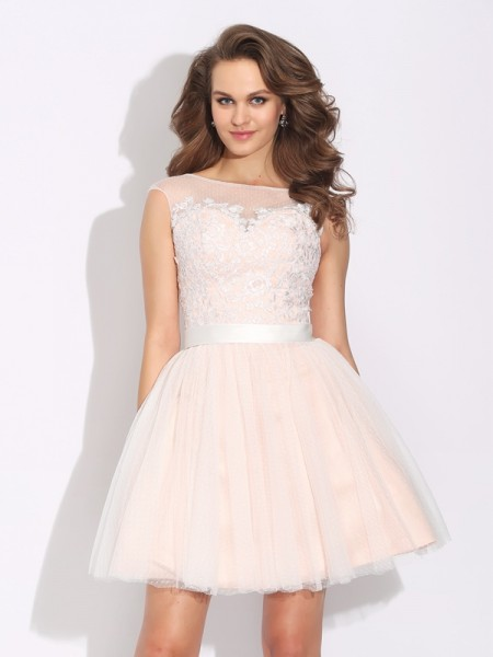 A-Line/Princess Net Bateau Short Sleeves Ruffles Short/Mini Dresses